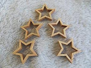 Dekorácie - Drevené hviezdičky - vianočná dekorácia na stromček - 5ks - 11263951_