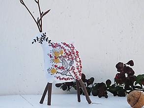 Dekorácie - Jeleň vyšívaný červený, horčicový - 11267369_