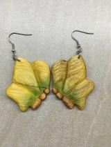 Náušnice - Drevené náušnice motýle (chir.oceľ) - 11264276_