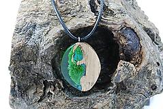 Náhrdelníky - Kvapka rosy- Drevený náhrdelník - 11264222_