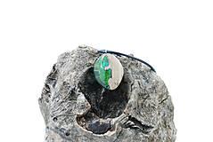 Náhrdelníky - Kvapka rosy- Drevený náhrdelník - 11264223_