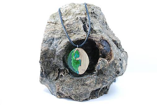 Kvapka rosy- Drevený náhrdelník