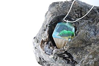 Náhrdelníky - Drevený náhrdelník - Exotický ostrov - 11264661_
