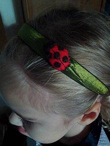 Ozdoby do vlasov - Lienka v tráve vo vlasoch - 11265655_