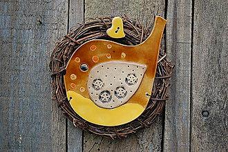 Dekorácie - Vtáčik vo venčeku č. 112 - 11265886_