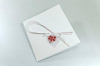 Papiernictvo - Srdce na dlani IV- vyšívaný pozdrav - 11267062_