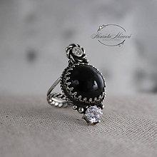 Prstene - strieborný prsteň s obsidiánom (pre EMO princeznú) - 11265255_
