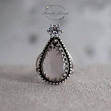 Prstene - strieborný prsteň s achátom a zirkónom - 11265290_