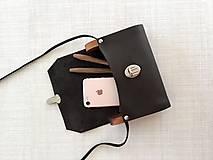 Kabelky - Minimalistická koženo-drevená kabelka - 11271466_