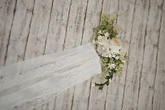 Ozdoby do vlasov - Set svadobná biela spona s hrebienkom zameniteľným za tradičný závoj - 11271523_