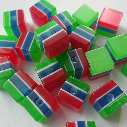Živicové korálky-kocka-1ks