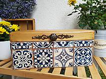 Nábytok - Truhlica s motívom dlaždíc - 11269977_