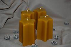 Svietidlá a sviečky - Vysoké voskové sviečky v tvare hviezdy - 11268100_