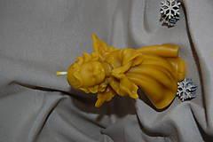 Svietidlá a sviečky - Sviečka z včelieho vosku modliaci sa anjel - 11271454_