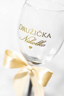 Papiernictvo - Nálepka na svadobný pohár - Družička + MENO ❤ - 11270272_
