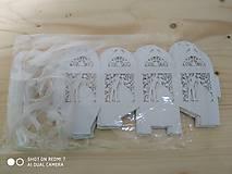 Darčeky pre svadobčanov - Darčeková krabička - biela perleť - 11271619_