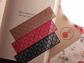 Papiernictvo - Záložka do knihy - vlnky (Strieborná) - 11268304_