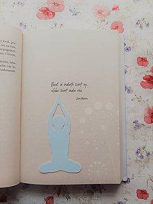 Papiernictvo - Záložka do knihy - jóga (Strieborná) - 11268439_