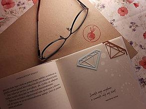 Papiernictvo - Záložka do knihy - diamant (Strieborná) - 11268464_