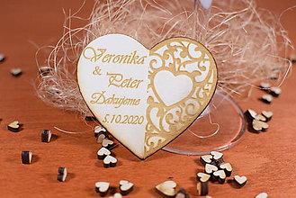 Darčeky pre svadobčanov - Drevená svadobná magnetka Ľudový motív 26 - 11268337_