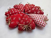 Darčeky pre svadobčanov - Levanduľové srdiečká - 11269633_