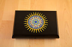 Krabičky - Maľovaná drevená krabička s mandalou - 11272541_
