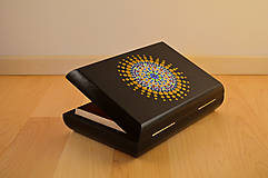 Krabičky - Maľovaná drevená krabička s mandalou - 11272550_