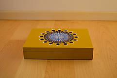 Krabičky - Maľovaná drevená krabička s mandalou - 11272611_