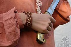 Náramky - Kožený náramok Výšivka - 11273060_