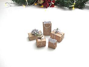 Hračky - Sada mini vianočných darčekov (Strieborná) - 11274392_