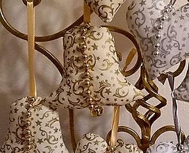 Dekorácie - Vianočné ozdoby (ZVONČEK veľký Zlatý vzor MIX) - 11273891_