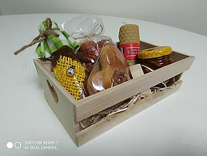 Potraviny - Malá debnička  zdravia plná včelích produktov - 11274758_