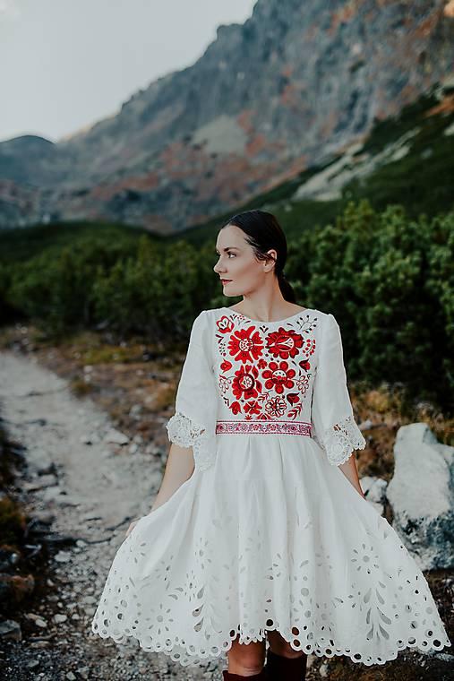 midi madeirové šaty Poľana