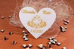 Darčeky pre svadobčanov - Drevená svadobná magnetka Ľudový motív 30 - 11272857_