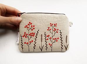 Peňaženky - Peňaženka - Červené bobuľky a tráva (natur 100% ľan) - 11275667_