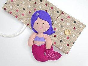 Hračky - Drobnosti v kapsičke pre dievčatá (Morská víla: ružovo-fialová) - 11276826_