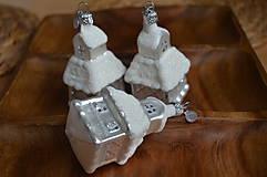 Dekorácie - Biele veľké kostolíky - 11277599_