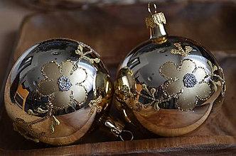Dekorácie - Veľké zlaté guličky - 11277491_