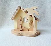 Dekorácie - Drevený vyrezávaný Betlehem - 11275157_