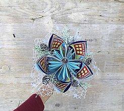Dekorácie - Zimná kytička zo žrebov - 11279001_