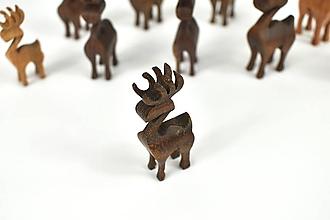 Dekorácie - Vianočný sob - malá drevená figúrka (Matúško (tmavohnedý)) - 11277340_