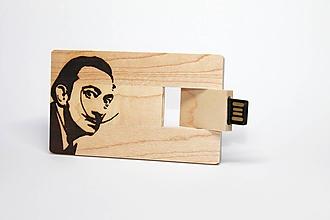 Drobnosti - DREVENÉ USB_SALVADOR DALI - 11276630_