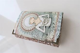 Peňaženky - Děvčátko s holubičkou I. - i na karty 13 cm - 11275576_