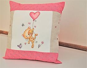 Úžitkový textil - Ružový vankúš výšivka RUŽOVÁ MAČKA - 11277741_