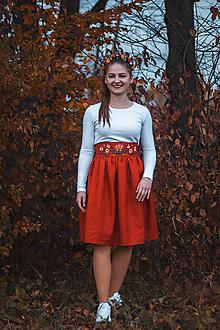 Sukne - Vyšívaná sukňa-červená - 11276955_