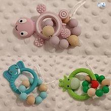 Hračky - Hryzatko silikónové (rôzne varianty) (Žirafa (zelená)) - 11276441_