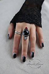 Prstene - strieborný prsteň s obsidiánom (pre EMO princeznú) - 11279067_