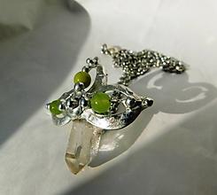 Náhrdelníky - Krištáľ s jadeitmi - tiffany - 11283027_