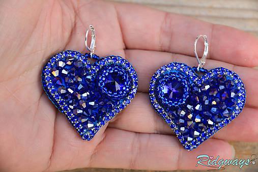 Srdce na dlani...vyšívané (Sapphire)