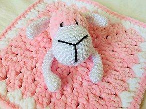 Hračky - Háčkovaný mojkáčik ovečka - 11279122_